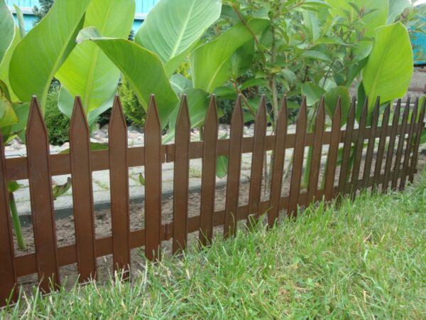 Как построить декоративный забор своими руками